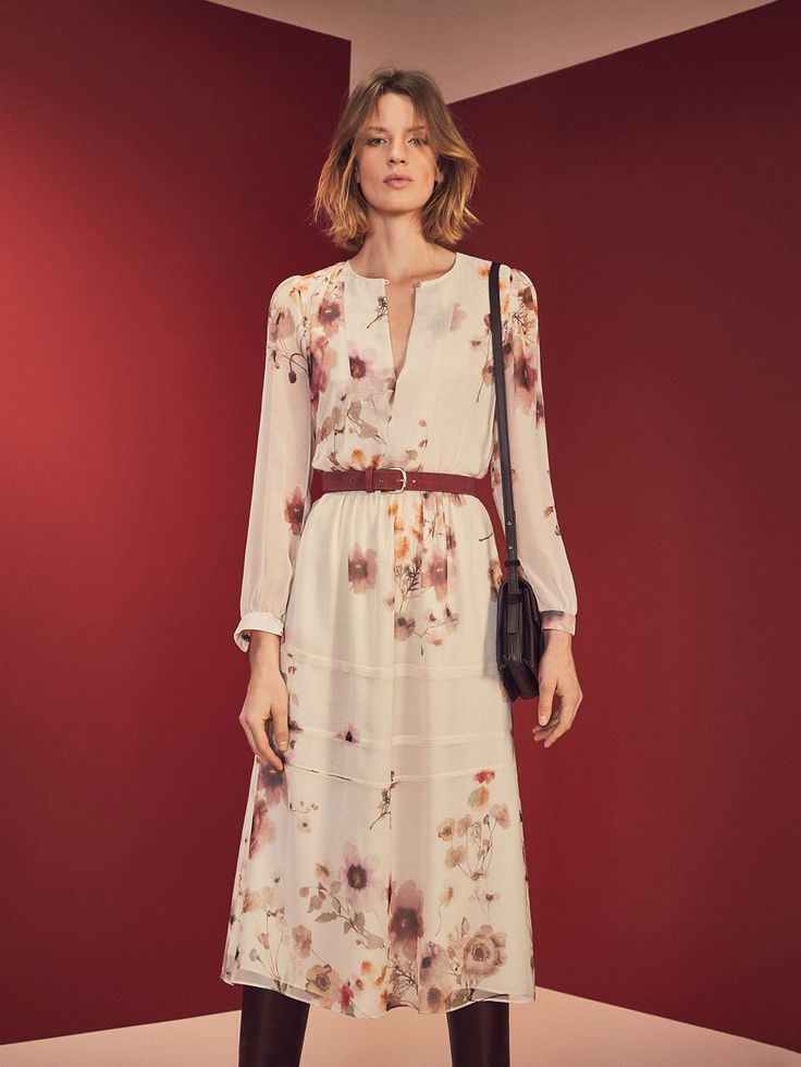 WOMEN´s Winter Bloom - Women at Massimo Dutti online. Enter now and view our autumn winter 2016 Winter Bloom - Women collection. Effortless elegance!