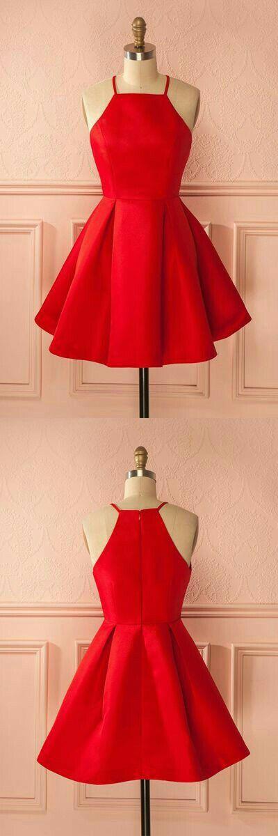 Vestido corto, color rojo sin manga.