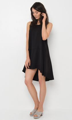 flattering hi-low hem finishing at approximately upper thigh at the front and falls to the knees at the back. Comes in black.  Pair this versatile piece with some black leggings and booties for a casual look in the cooler weather or with some wedges for t