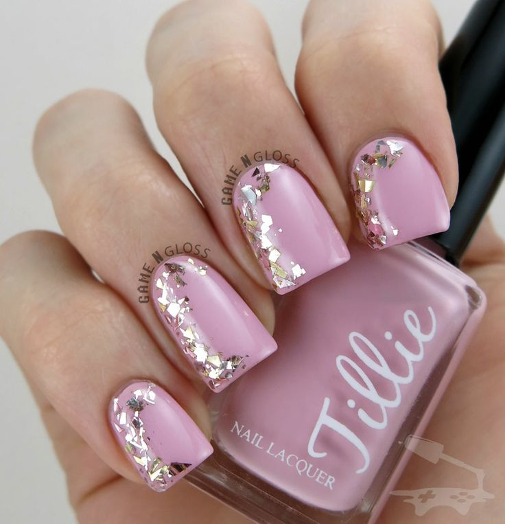 Pretty pink and glittery girly nails - IG gamengloss FB GAME N GLOSS