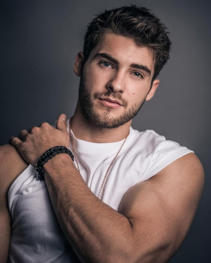 "4,708 Likes, 105 Comments - Cody Christian (@itscodychristian) on Instagram: ""Whats your fave song atm?"""