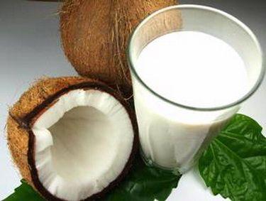 Mai putin folosit de mamicile din Romania in bucatarie, laptele de cocos este un ingredient-minune in meniul bebelusului.