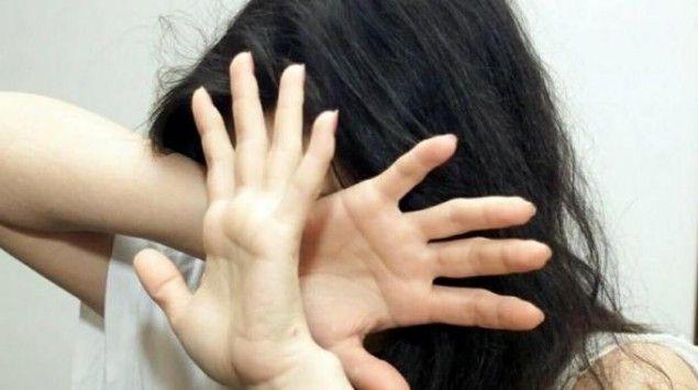 Stuprano in 7 una #ragazza #incinta, il video finisce su #WhatsApp: lei rischia la #lapidazione per #adulterio