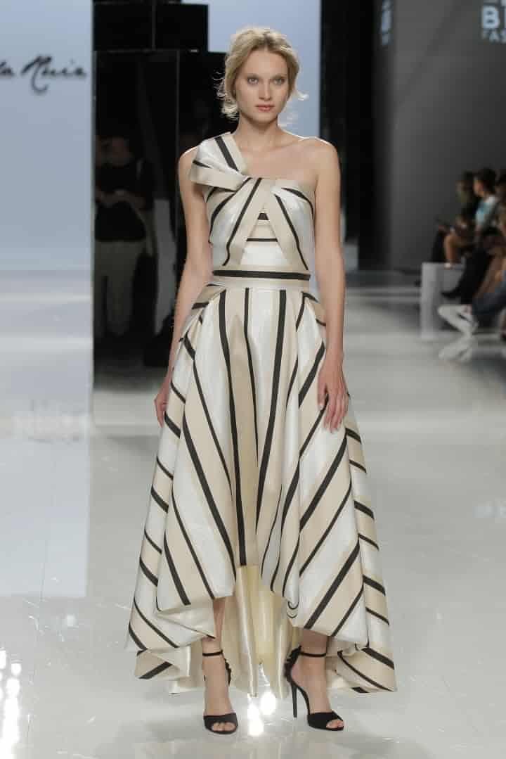 90 imágenes de vestidos de noche  tendencias que te harán brillar -  bodas.com fecf86f07f18