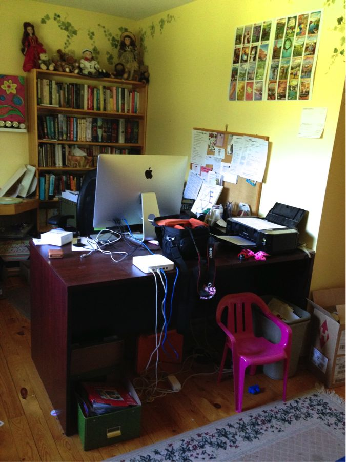 See Carolyne An S Writing Desk And Enter To Win Some Of Her Books She Giving Away