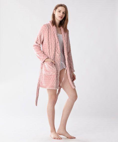 Polka dot fleece dressing gown, 29.99€ - Long fleece dressing gown with polka dots.With front pockets and belt - Find more Spring Summer 2017 trends in women fashion at Oysho.