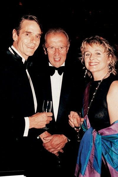 West Sussex 1st January 2004 The Moat Fun I've Had In Ages Mr Jeremy Irons, Sir David Frost and Miss Sinead Cusack