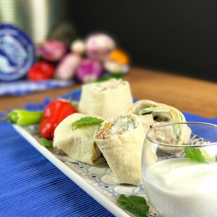 Fajitas di pollo alla messicana con salsa allo yogurt greco @oikos_italia 😋 Guarda le nostre stories per scoprire il backstage della ricetta! #oikos #oikositalia #yogurtgreco #yummy #instafood #igersfood #food #foodie #greekrecipe #recipe #taste #foodporn #instafood #italianchef #Milano