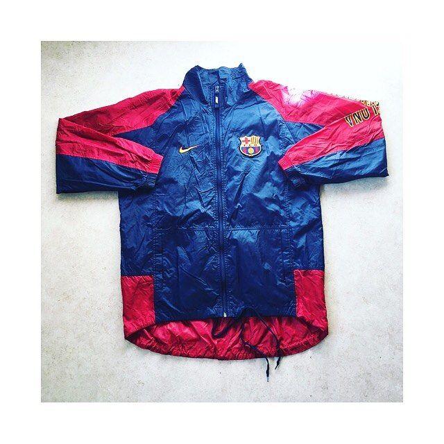 Barca waterproof training jacket 1998/99 🔴🔵 link in bio.  #barca #barcelona #fcb #noucamp #campnou #laliga #spain #spanishfootball #nike #nikefootball #football #footballjacket #waterproof #retro #retrofootball #vintage #vintagenike #vintagefootball #vintagesportswear #90s #90svintage #90sfootball
