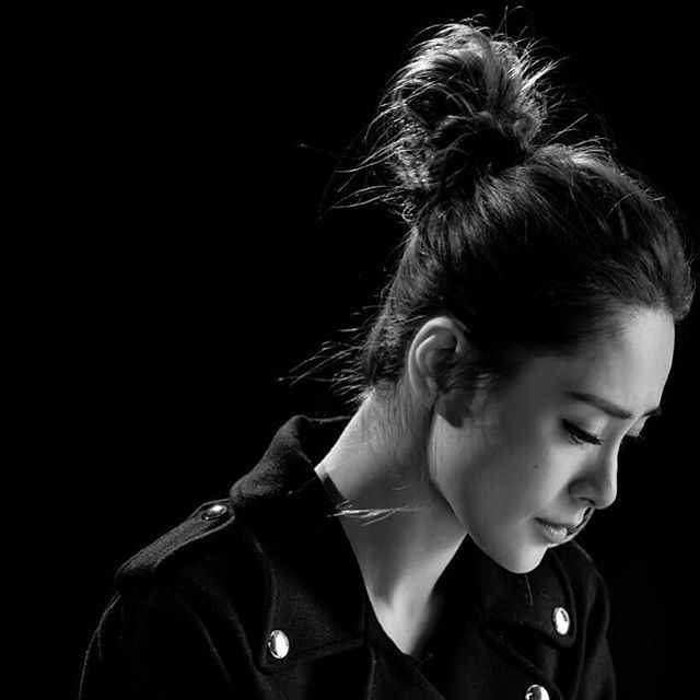 @q_gill @#twins #twinshk #gil #gillian #gillianchung #鍾欣潼 #eegmusichk #hk #hkig #singer #hksinger #hkartiste #fiftwins #photograph #repost #weibo