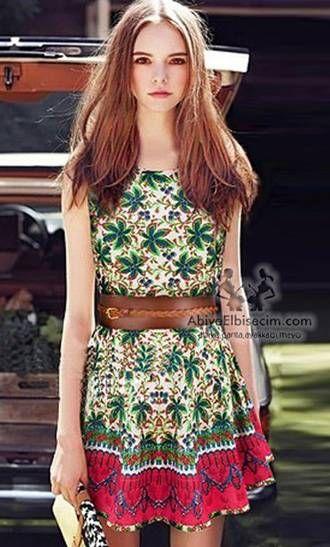 kısa elbiseler çiçek desenli