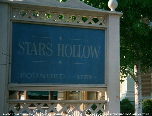 I want to live in Star's Hollow.