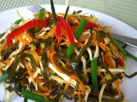Салат из белокачанной капусты по турецки