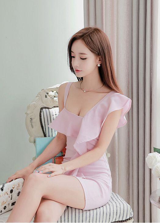 韓国の9等身モデル 孙允珠(Son Youn Ju)の抜ける画像