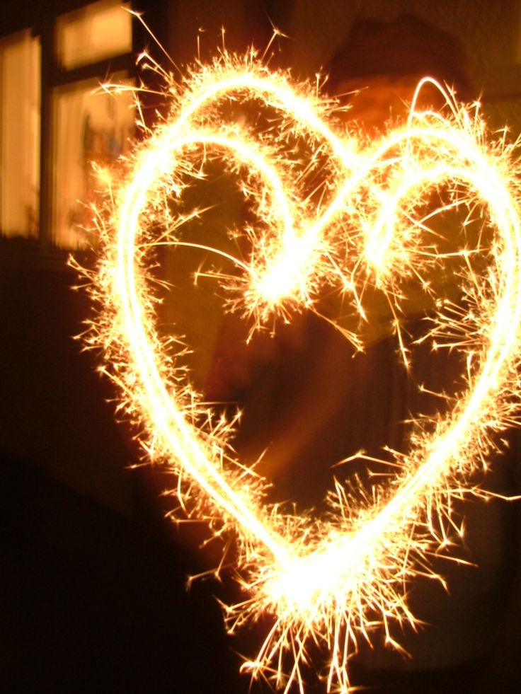 Who else likes to write their name and make shapes with a sparkler? www.casemad.com #autumn #sparklers #phonecase