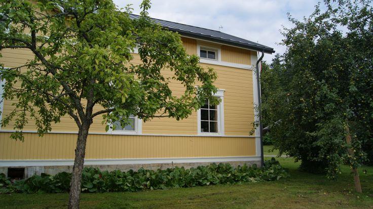 Ylä-Tihtarin tila   http://www.yla-tihtari.fi/   http://www.facebook.com/MatkaMaalle  http://www.keskisuomi.net/  http://www.centralfinland.net/