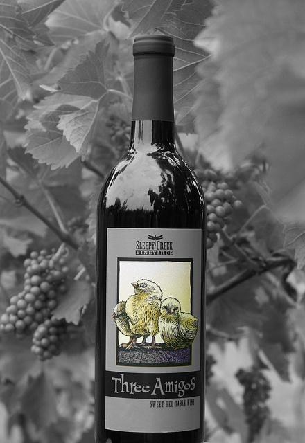 Three Amigos sweet red wine from Sleepy Creek Vineyards