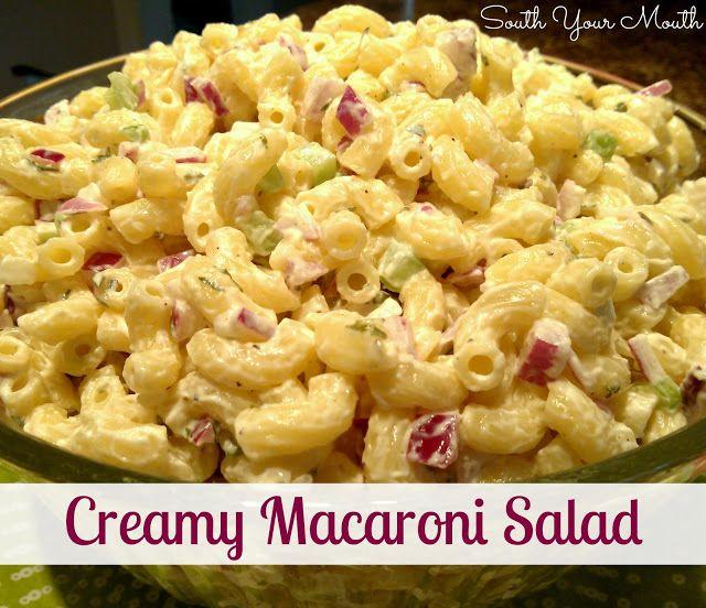 Creamy Macaroni Salad - South Your Mouth 2-3 ss finhakket hvitløk 1/2 ts salt 1/2 ts pepper 1 ss sennep 1 1/3 cup majones 1 ss hvit eddik 1 paprika 1 boks mais skinke  Ta i majones,paprika, skinke og mais til slutt. La det stå og trekke i minst en time før servering.