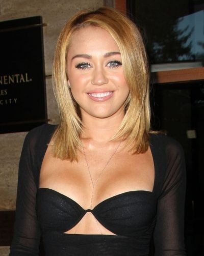 Miley Cyrus straight strands