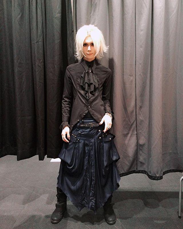 Gothic style. I wear #ALGONQUINS #visualkeimakeup #makeuplover #makeup #visualkei #vkei #vrock #jrock #v系 #visual系 #ヴィジュアル系 #ビジュアル系 #gothicstyle #gothic