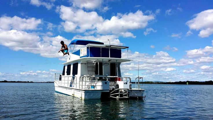 Awesome picture taken by the crew on The Colleen Ann! #jump #houseboat #holiday #coomerahouseboats #houseboathire #family #fishing #realx #spring