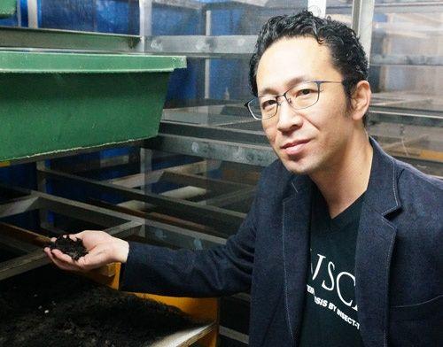 日本の ウジ虫 が世界の食料危機を救う 旧ソ連の技術を活用 飼料と