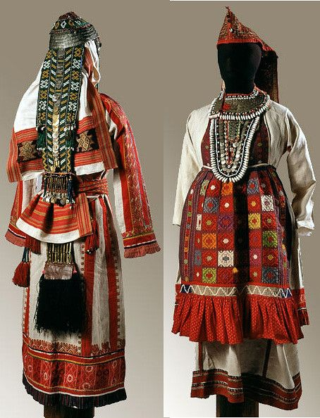 Russian folk costume costume female festive. Chuvash (left). Mari (right)