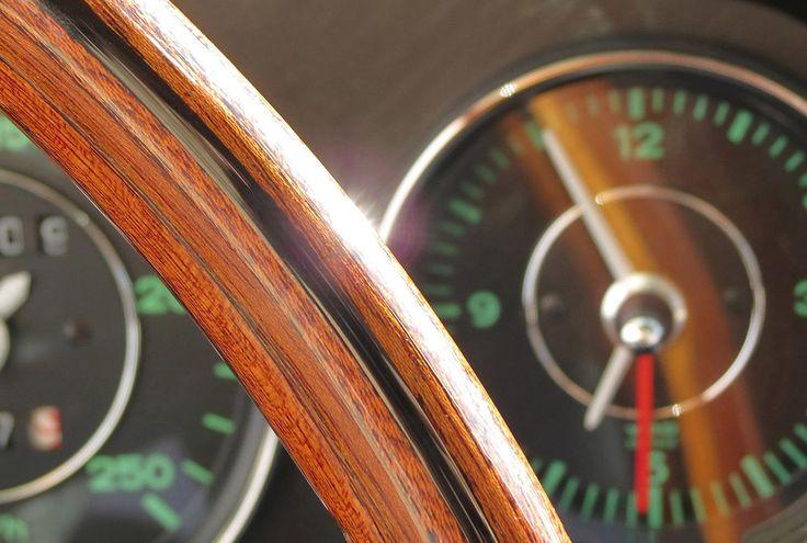 Porsche Interior  Restoration by Mashmotor #mashmotor #restoration #porsche #porscheday #interior #sun #sunlight #porsche911 #beauty #design #luxurycars #luxury #auto #car #sportcar #dashboard #steeringwheel #fuel #style #porschedesign #classiccar #bestcars #porschelove #porscheclassic #beautiful #canon  @rekayereka