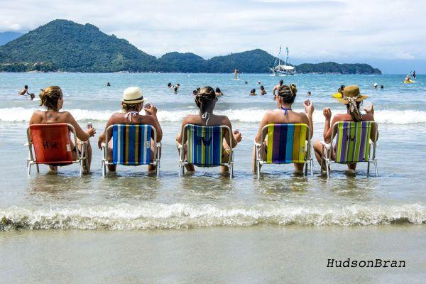 Praia das Toninhas - Ubatuba - Brazil by hudjubran