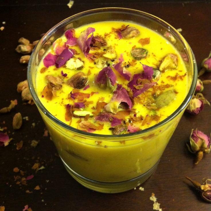 La mia cucina persiana: Panettone con Crema allo Zafferano, Acqua di Rose ...