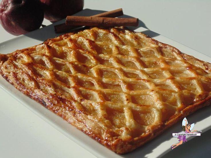 Grillé aux pommes. Recette de cuisine ou sujet sur Yumelise blog culinaire. Je ne connaissais pas le grillé aux pommes et pourtant j'en ai tant entendu parlé : et bien je regrette de ne pas avoir connu cette pâtisserie auparavant car c'est un délice !