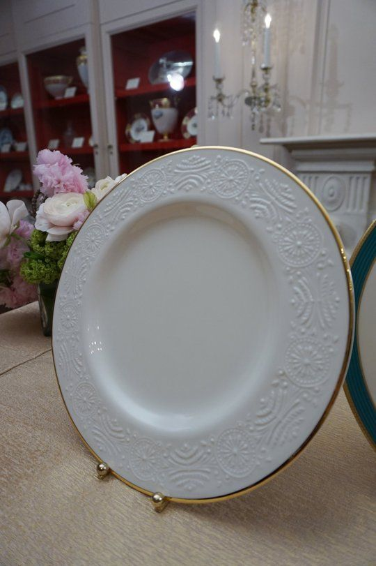 Obama State China Pattern Reveal at the White House: Kailua Blue & Beautiful — Apartment Therapy at The White House