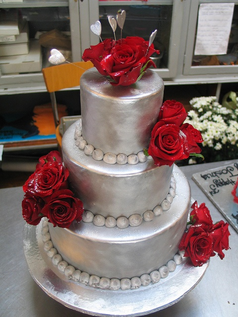red black and silver wedding cake 97 best images about and silver wedding on 19109
