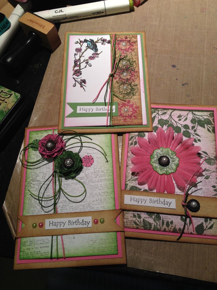 2H1403 Donna Inns' pretty in pink m green cards.