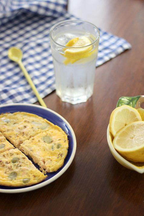 Tortilha de salmão e azeitona verde