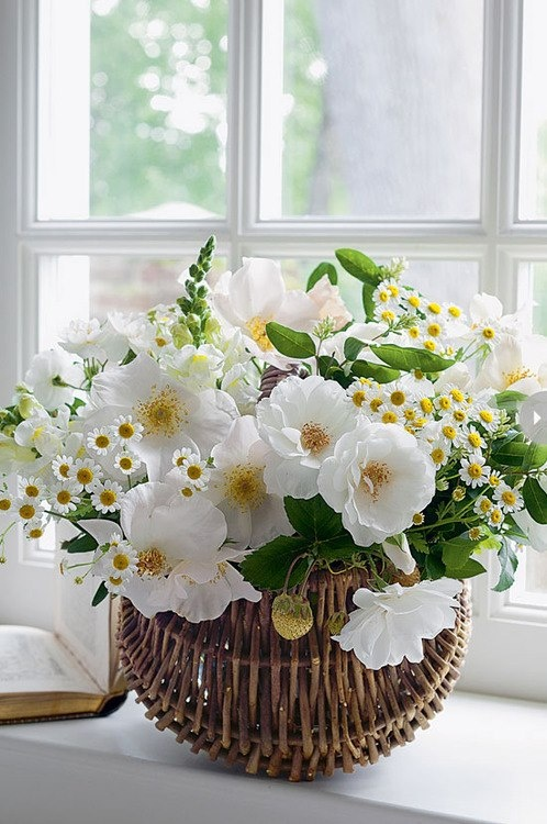 white flowers arrangement