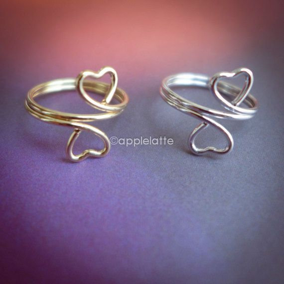 Hey, I found this really awesome Etsy listing at https://www.etsy.com/listing/162987248/a-set-of-midi-rings-heart-knuckle-ring