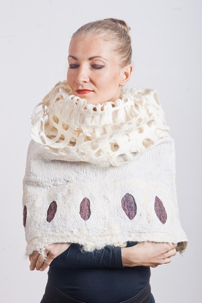 This is a unique poncho from Silk, linen and merino wool. You will love this equipment!    CULICANTE® art studio creates and produces a limited annual