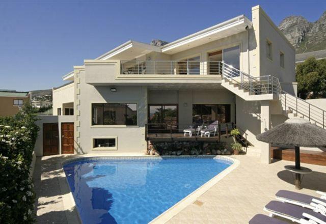 Villa Atlantica