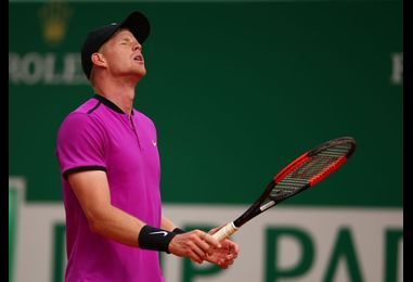 Kyle Edmund OUT of Barcelona Open as Dominic Thiem shows ruthless streak