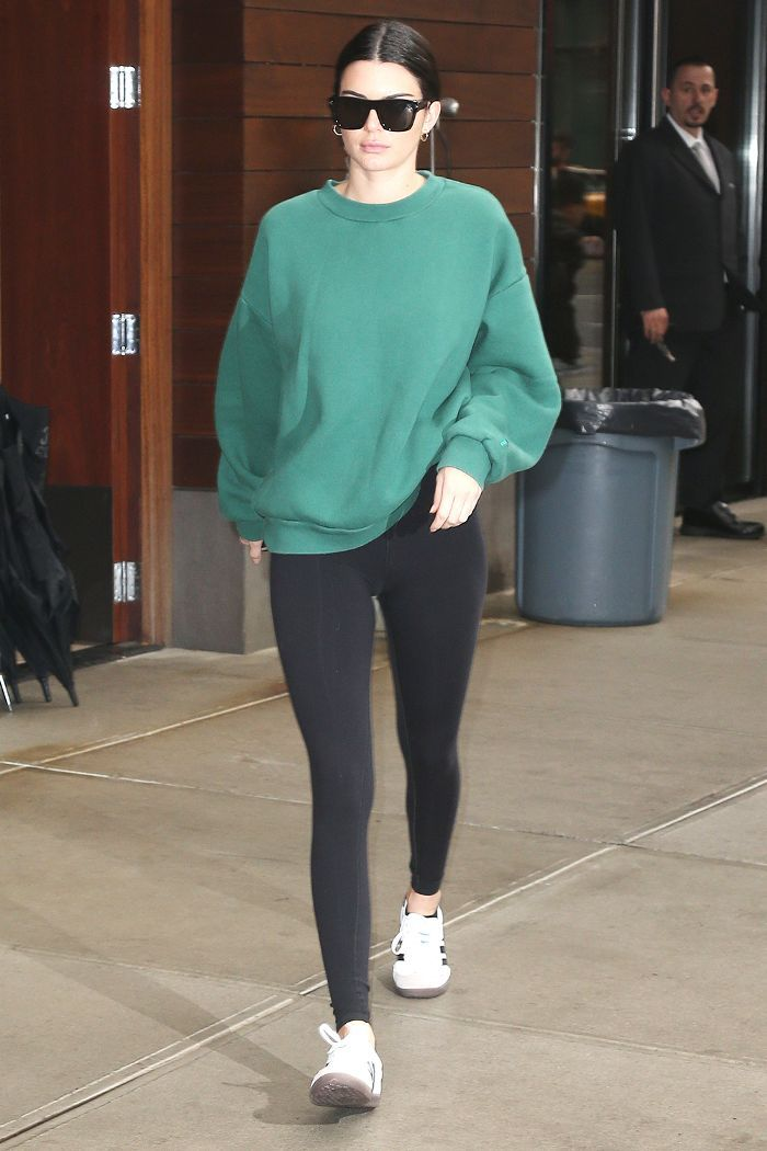 Not sure what to wear to yoga? Find out what your favorite celebrities have been wearing as of late.
