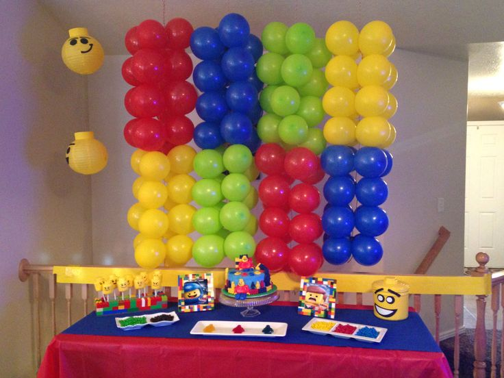 Lego party my parties pinterest lego lego parties for Decoration lego
