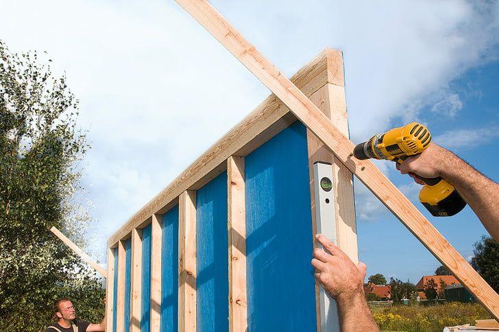 Gartenhaus Selber Bauen Die Wande Stellen Gartenhaus Selber Bauen Gartenhaus Gartenhaus Holz