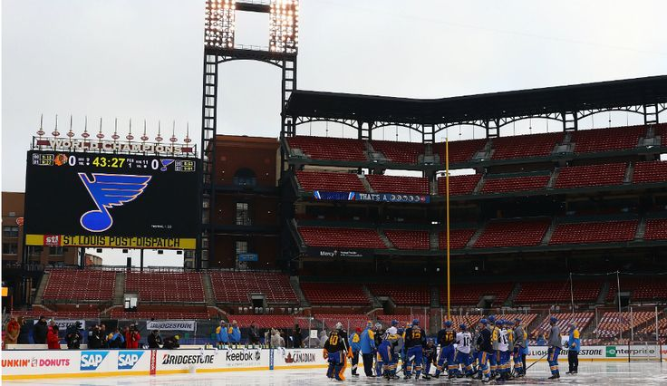 NHL Winter Classic 2017: Chicago Blackhawks Vs St. Louis Blues Odds, TV Start Time & How To Watch Live Online
