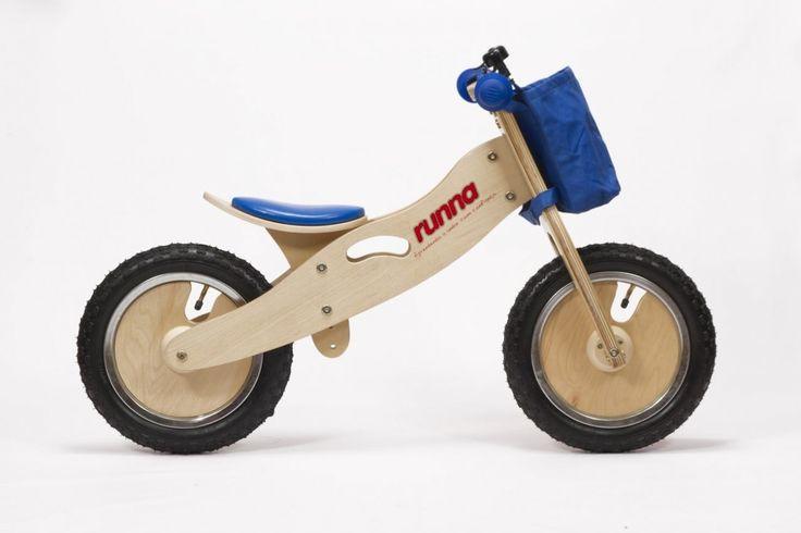 Runna Bike Azul! Feita em madeira. Design + equilíbrio! #criancas #minhaprimeirabike