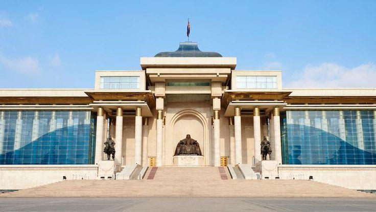 Oulan-Bator - Surnommée « UB » par ses habitants, la capitale de la Mongolie…