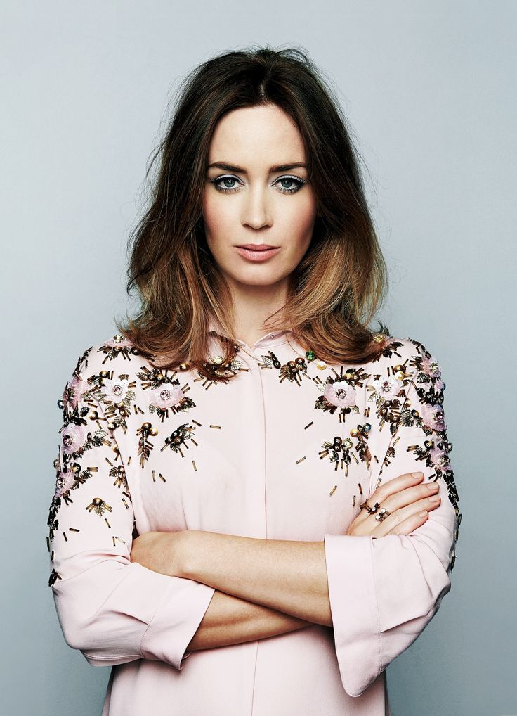 LOVE this cut! (Emily Blunt: 'Nobody goes through life unscathed')