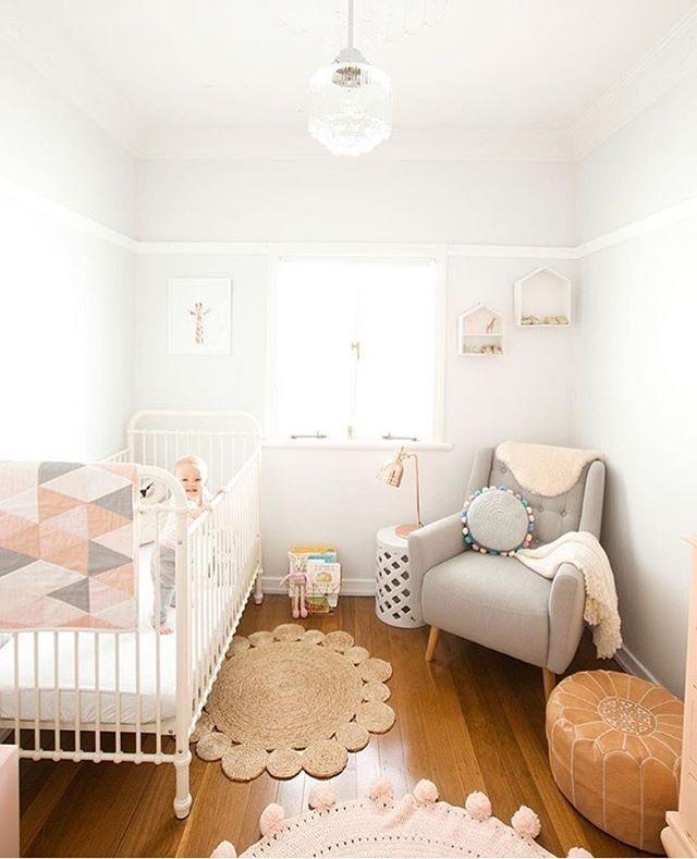 such a bright and beautiful room @littleplumpeach! in love with that @incy_interiors crib! ✨