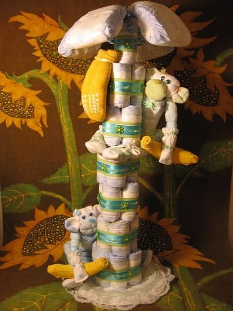 Diaper Banana Tree: Diapers Bananas, Idea, Diapers Trees, Baby Brinkley, Trees Diapers, Showers Diap Bananas, Diaper Cakes, Diapers Cakes, Baby Showers Diap