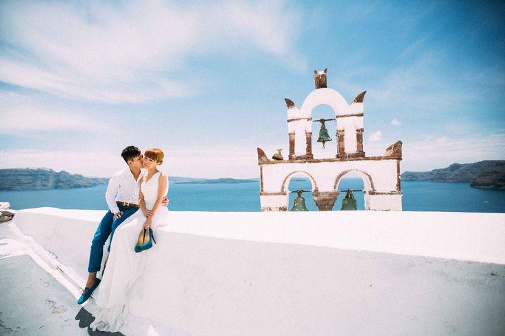Sunrise | Tracey and Scott – Honeymoon Session in Santorini with Sunrise Greece
